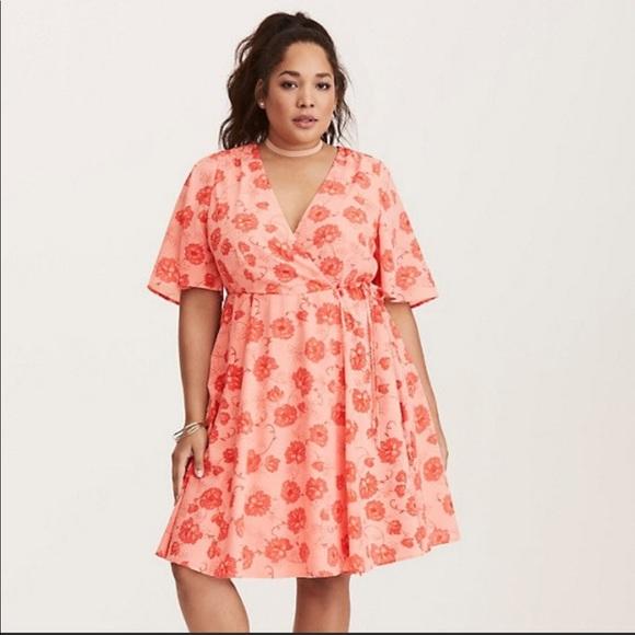 a5bb84ff59c Torrid spring summer faux wrap dress size 22
